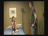 Tini lány apjával