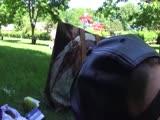 Német tini szöszi a parkban kefél
